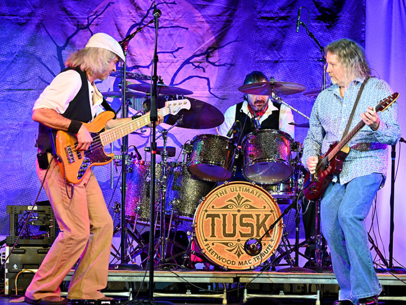 Tusk-Fleetwood Mac Trib-54w