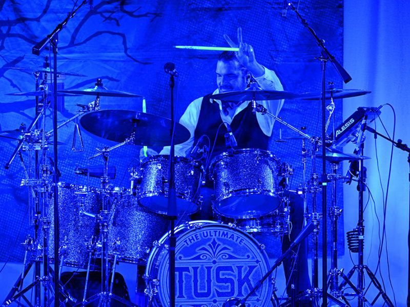 Tusk-Fleetwood Mac Trib-71w