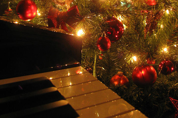 GET TICKETS: Havre de Grace High School Jazz presents: A Hollywood Christmas