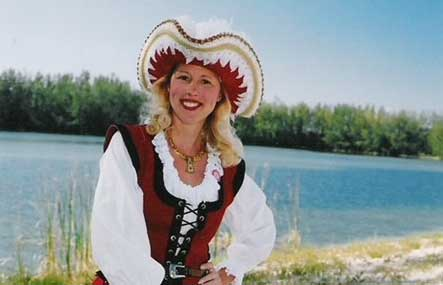 """GET TICKETS: History Alive! """"GRACE O'MALLEY- THE PIRATE QUEEN"""" featuring Mary Ann Jung"""