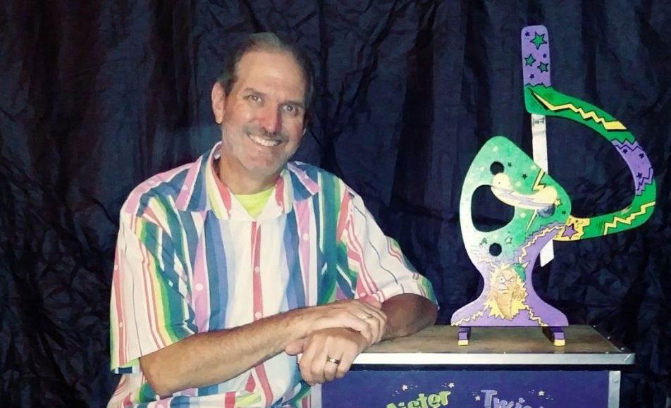 """GET TICKETS: Making Memories with Magic & Balloons featuring Jeff """"MR. TWISTER"""" Teate"""